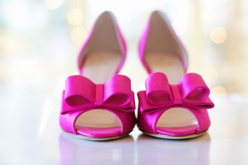 piekne różowe szpilki półotwarte